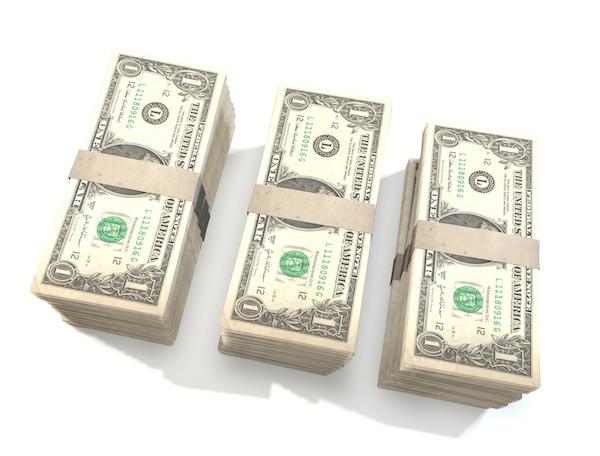 money-finance-bills-bank-notes-600